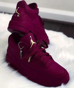 Air Jordan Violet