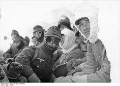 Kämpfe um Narvik: Eine Gruppe deutscher Gebirgsjäger bei Narvik
