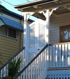 my batwing door luv! Front Stairs, Front Gates, Front Verandah, Front Porch, Queenslander, Entrance Doors, Cottage Chic, Architecture Details, Interior And Exterior