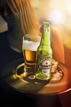 What a beautiful shot of Heineken that we worked on at Teri Studios. Special thanks to the model Hannah, my friend. Advertising Photography, Commercial Photography, Beer Images, Beer Commercials, American Beer, Green Glass Bottles, Buy Beer, Beer Company, Social Media Design