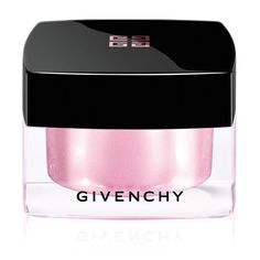 We Adore: The Mémoire De Forme Highlight from Givenchy Beauty at Barneys New York Hogwarts, Givenchy Beauty, Beauty Kit, Beauty Products, Putting On Makeup, Oily Hair, Clear Nails, Pink Lipsticks, Highlighter Makeup