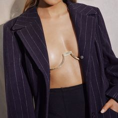 Statement Metal Underwire Chain Bra Bodychain has extender chain around neck + back Can we worn above or underneath clothing Made from Brass Plated in Rose Gold Look Fashion, Fashion Details, High Fashion, Fashion Outfits, Womens Fashion, Fashion Design, Fashion Tips, Looks Style, Style Me