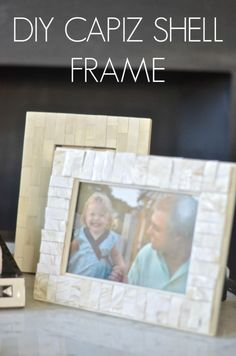 I love capiz shell frames and pendants and tables and mirrors. so it was only a matter of time that I figured out this DIY knock off. Shell Frame, Mosaic Crafts, Diy Mirror, Diy Home Decor, Craft Projects, Easy Diy, Shells, Diy Crafts, Crafty