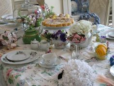 Google Image Result for http://karlascottage.typepad.com/photos/uncategorized/2008/05/21/fairy_tea_party_021.jpg