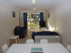 Two bedroom fully self-contained on the Kalbarri waterfront.