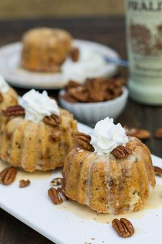 Pecan-Toffee Cake with Praline Creme Anglaise ~ Mini pound cakes flavored with pecans and toffee, drizzled with a delicious praline flavored Crème Anglaise. Mini Desserts, Just Desserts, Delicious Desserts, Dessert Recipes, Mini Bunt Cake Recipes, Health Desserts, Plated Desserts, Cupcakes, Cupcake Cakes