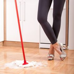 Keep Your Wood Floors Shiny With This Cheap Tip!