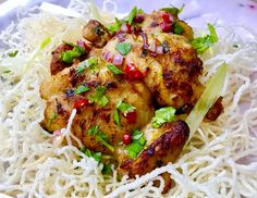Aromatic Chicken with Crispy Rice Vermicelli is a great Thai starter recipe or BBQ. The flavourful soft chicken goes well with the crunchiness of rice vermicelli. The hot and sour dressing add the freshness and lift the whole dish up. Kids love the crispy vermicelli and adults can't get enough of the tasty chicken.