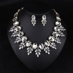 Fashion Jewelry Big White Leaves Collar Choker Necklace Water Drop Crystal Rhinestone Statement Jewelry Set For Grandmother Gift