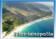 Vista aeria da Praia do Campeche ao fundo, dunas da Joaquina e a Lagoa da Conceição.