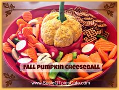Fall Pumpkin Cheeseball to take to your fall parties and even perfect for Thanksgiving! #Thanksgiving #fall #recipe