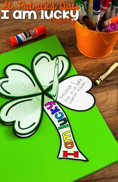 """Patrick's Day Clover """"I am lucky"""" Craftivity, What attributes do your students have that make them """"lucky?"""" In this St. Patrick's Day Shamrock """"I am lucky"""" Craftivity students write about four thi. March Crafts, St Patrick's Day Crafts, Spring Crafts, Holiday Crafts, Classroom Crafts, Classroom Activities, Fun Activities, Elderly Activities, Dementia Activities"""