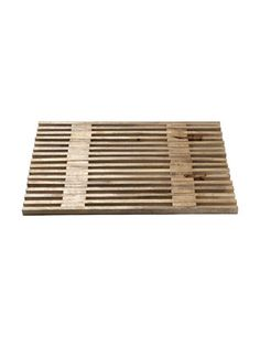 I also really want a wooden bath mat, like this mango wood mat from Toast. I'm so over dingy-looking, fuzzy rugs in the bathroom. £42.00