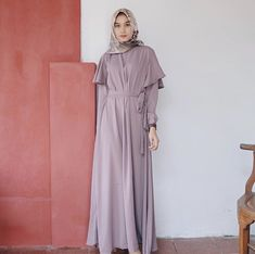 Style Hijab Casual Kondangan 36 New Ideas Abaya Fashion, Modest Fashion, Women's Fashion Dresses, Dress Outfits, Simple Dresses, Pretty Dresses, Casual Dresses, Hijab Casual, Hijab Chic