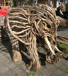 20 Amazing Driftwood Sculptures (Art)