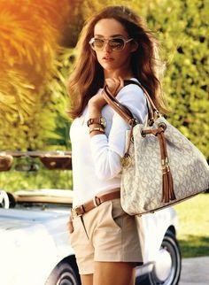 Love Michael Kors Logo Signature Large Vanilla Tote. It's only $68.99 on this site!!! #Desginer purses