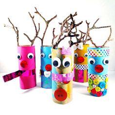Toilet paper roll reindeer Christmas craft for kids inspired by Shannon from ohcreativeday.com