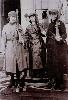Shortly after escaping. Mae Burke, Eithne Coyle and Linda Kearns, Carlow 1921. Notice that they are standing on the Union Jack flag.