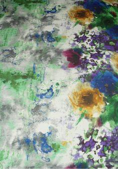 Seda Estampada con Flores Difuminadas en Cenefa Verde Azul Amarillo