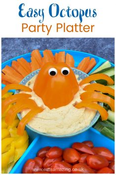 How to make a pepper octopus vegetable platter - fun and healthy pirate themed party food for kids Ocean Themed Food, Pirate Themed Food, Pirate Food, Pirate Snacks, Party Food Platters, Veggie Platters, Vegetable Trays, Food Trays, Ocean Snacks