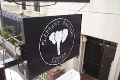 京都・河原町 ELEPHANT FACTORY COFFEE #本 #本屋  #読書 #読読  #よんどく #ELEPHANTFACTORYCOFFEE #エレファントファクトリーコーヒー  #古書 #カフェ #ブックカフェ #京都 #河原町 yondoku.jp