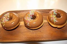 Ranteita myöjen taikinasa: Parhaat donitsit Finnish Recipes, Yummy Food, Tasty, Baking With Kids, Sweet And Salty, Something Sweet, Healthy Treats, Vegan Desserts, Sweet Recipes