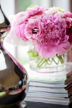 top Floral Designers   Kiki's List: My Top 10 Floral Design Tips.   Flowers & Arrangements