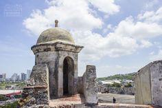 What to do in Cartagena 👉 Castillo de San Felipe, Getsemaní & Squares (Old Town Tour) Vernon, Cabo, Tour, Taj Mahal, America, Building, Travel, Spanish Colonial, Cartagena Colombia