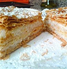 Strudel of rice pudding, a real past! Maybe the rice pudding . Mexican Dinner Recipes, Mexican Food Recipes, Sweet Recipes, Mil Hojas Cake Recipe, Bakery Recipes, Cooking Recipes, Latin Food, Sin Gluten, Vegan Desserts