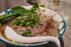 Vietnamese Food, Vietnamese Recipes, Ramen, Steak, Ethnic Recipes, Vietnamese Cuisine, Steaks, Beef