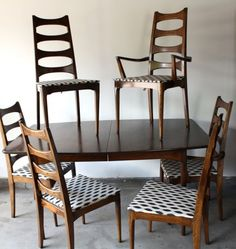 mid century dining table | Mid century Kroehler dining set. Four side chairs, two captain chairs ...