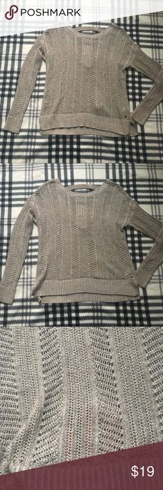 American Eagle knitted top size XS Excellent condition, not tears or stains, from a pet and smoke free home American Eagle Outfitters Tops Tees - Long Sleeve