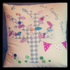 family tree cushion Sewing Ideas, Sewing Crafts, Sewing Projects, Diy Crafts, Family Tree Designs, Cushion Ideas, Sew Mama Sew, Family Trees, Beautiful Things