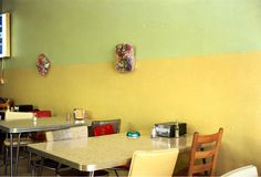 untitled (yellow cafe) - william eggleston, 1976/2011 [gagosian gallery exhibition]