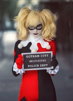 I'm in love with Harley Quinn. Dr. Harleen Frances Quinzel, the hottest comic villian.