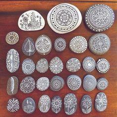 Choose your pattern.   via @magamerlina_ #hippiespirits #patterns #diy   