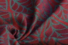 Laurus Gone with the Wind 42% bordeaux Egyptian cotton, 35% seaweed green merino wool, 13% pompeian red tussah silk, 10% red linen 350  g/m² RS