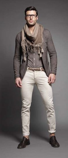 ゝ。Men's Causal Fashion. I personally am not a fan of scarves. But this a good outfit and would totally wear it