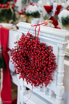Metabes - Home, Craft and Diy Xmas Table Decorations, Decoration Christmas, Decoration Table, Crafts, Recipes, Christmas Time, Christmas Decorations, Homemade, Decorating