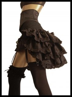 LADY LOVECRAFT Silk De Luxe Burlesque Steampunk Gothic Bustle Victorian Moulin Rouge Paris Showgirl  Couture Fashion