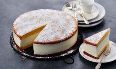 Käse-Sahne-Torte Rezept: Festliche Käse-Sahne-Torte mit Quark und Sahne - Eins von 7.000 leckeren, gelingsicheren Rezepten von Dr. Oetker!