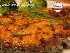 salmão com molho de laranja e gengibre