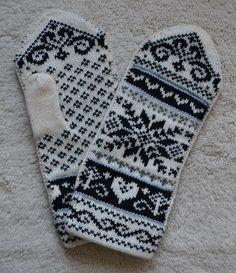 Norwegian Scandinavian hand crafted 100 Wool by NordicStarStudio, $27.00