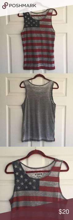 (Men) American Flag Tank Top Excellent condition. American Vintage is not brand, just an attention American Vintage Shirts Tank Tops
