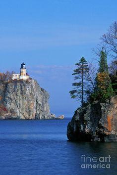 ✮ Split Rock Lighthouse on Lake Superior in Split Rock Lighthouse State Park, Minnesota