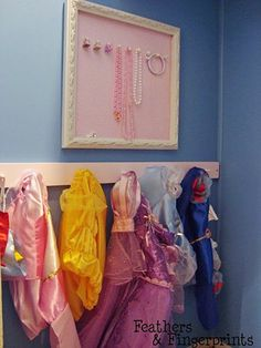 8 Dress Up Storage S