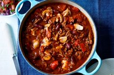 This mouth-watering chilli with rice recipe by Slimming World is so simple to make and tastes delicious too. It's well worth the wait! The mince sauce in this recipe is made simply with chopped tomatoes, beef mince and mixed herbs and would works wonders as the base of spag Bol too.