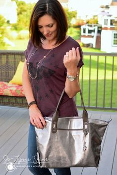 The How Does She Do It bag by Stella & Dot in pewter metallic is a MUST HAVE for fall.