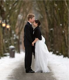 Snowy Wedding Pictures