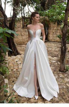 Long dress for a queen   Inspiring Ladies